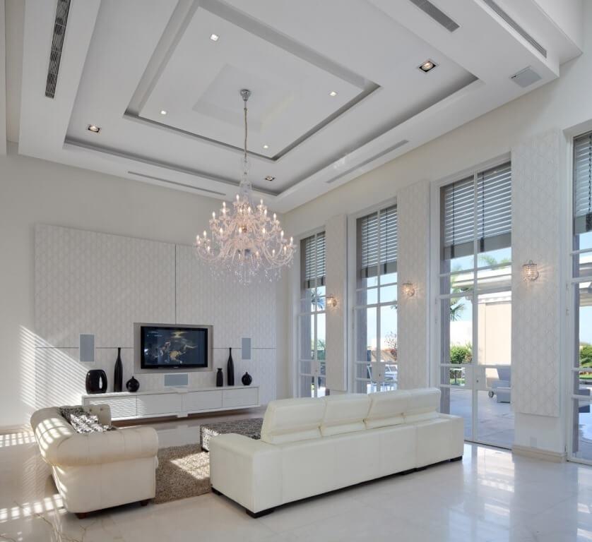 זווית נוספת בממחישה את התכנון אדריכלי של הסלון במרכז